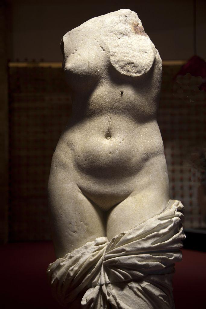 Ancient Greek statue of Aphrodite