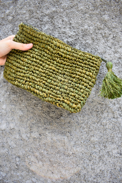 Mars Woven Seagrass Clutch