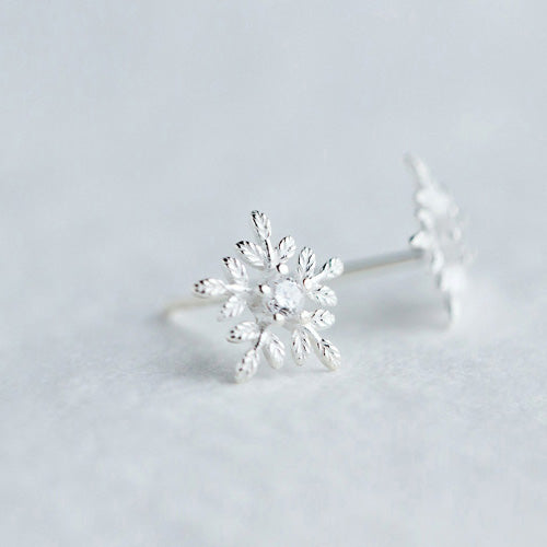Women's 925 Sterling Silver Ear Stud Earrings Zircon Snowflake Jewelry Hot Gift