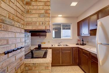 kitchen brick feature wall