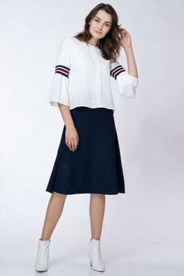 SHIRT WITH RIBBONS ON THE SLEEVES