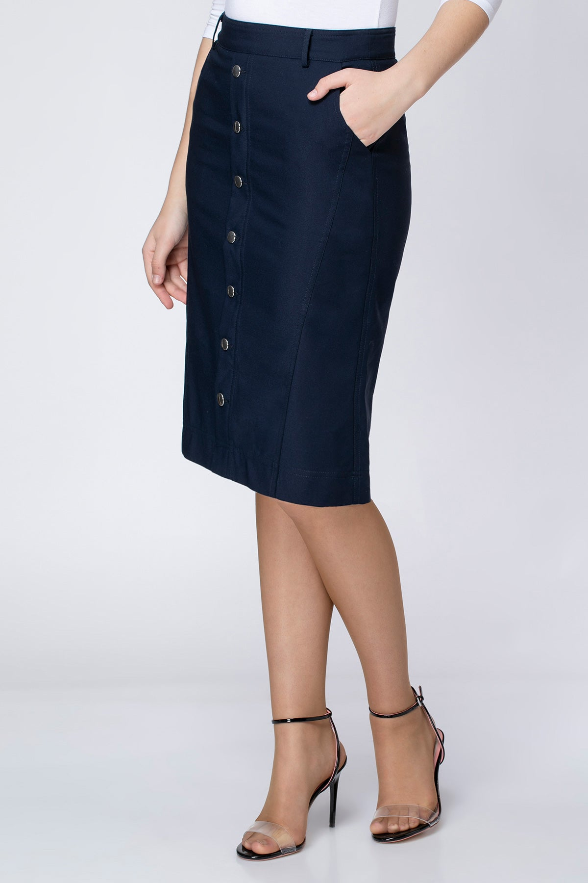 SKIRT WITH SNAPS