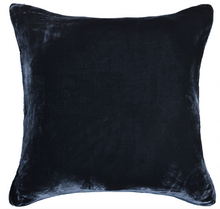 Double sided cushion in velvet and silk, midnight blue