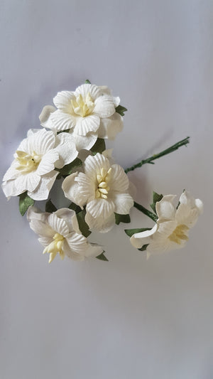 Handmade Mulberry Two Layered Paper Flowers - 5 Stems (3 cm) - White