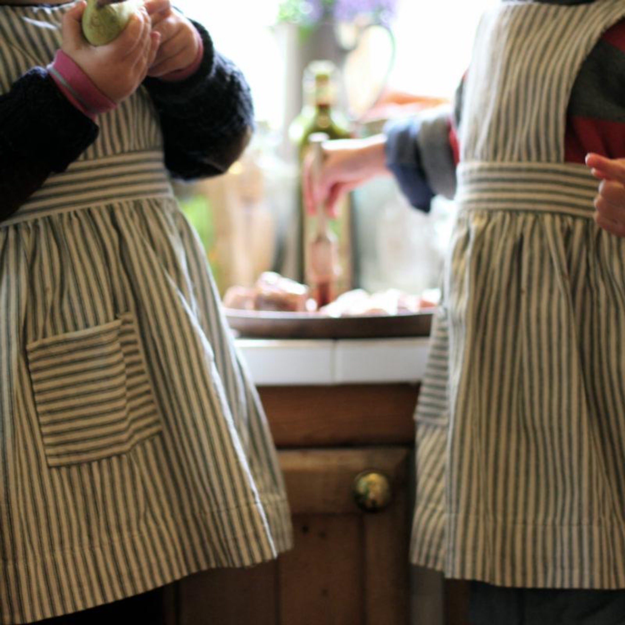 Children's Pinafore Apron, Kid's Apron, Pinny, Girl's Pinny