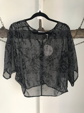 Quirky Circus Black/Grey Sheer Top Size 8 NWT