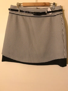 Review black/white check skirt with belt Size 14