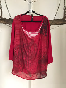 TS Red/Black Pattern Top Size S (16)