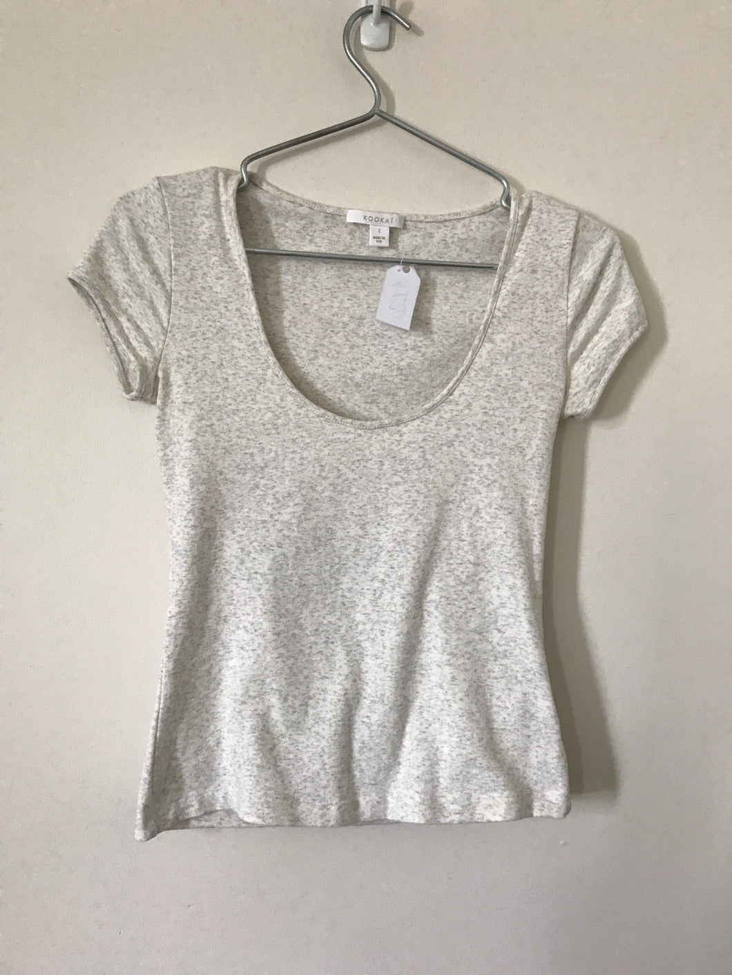Kookai cream and grey speck t-shirt Size 2 (estimated 6)