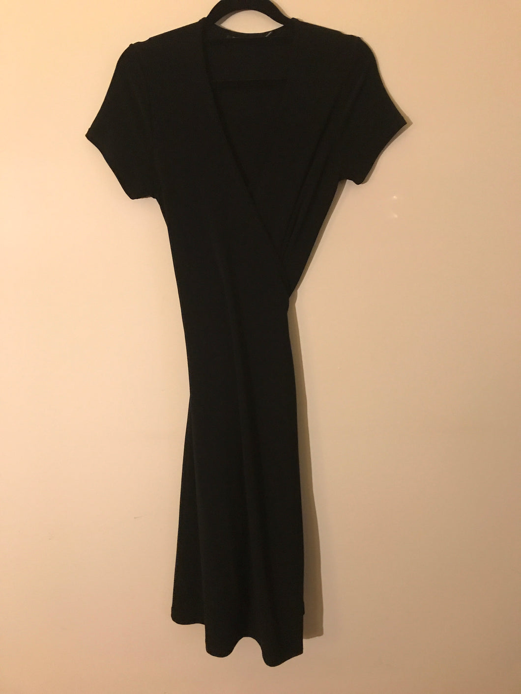 Events Essentials black Wrap around Size 8