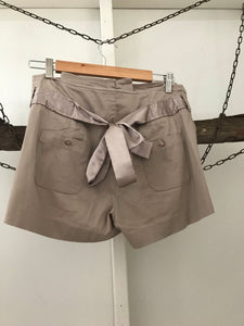 Forever New beige dress shorts with satin tie and trims Size 8