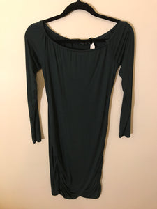 Zalora green basic long sleeve dress Size S ( Estimated 8)