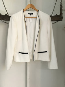 Liz Jordan black and white jacket with pockets, Size L (estimated 10/12)