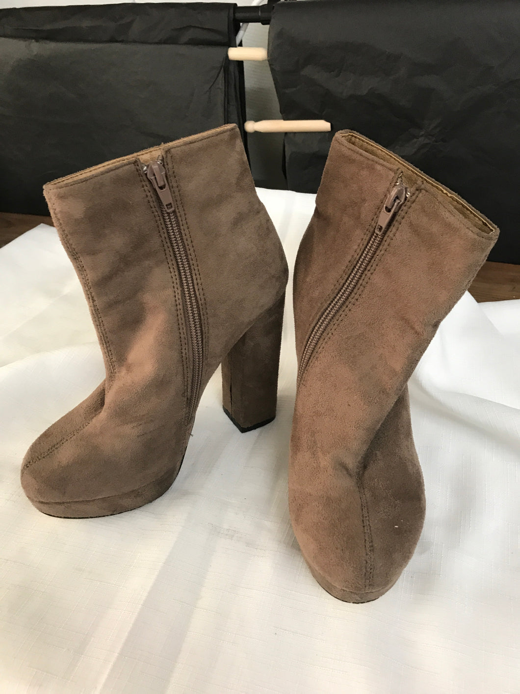 Rubi brown suede heel ankle boots size 37