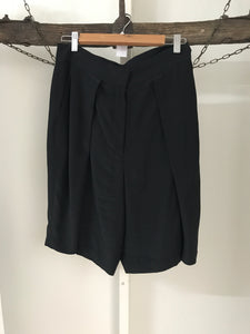 Country Road Black Long Shorts Size 10