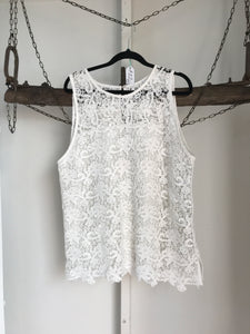 No Label White Lace Sleeveless Top Size 14