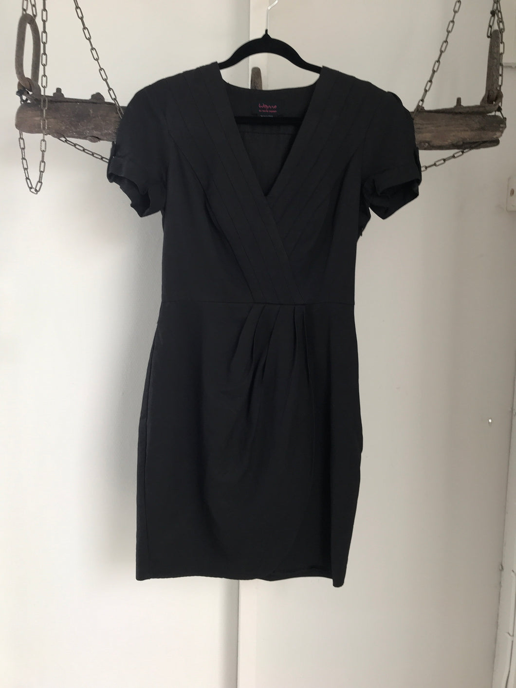 Wayne Cooper Black Short Sleeve Dress Size 8