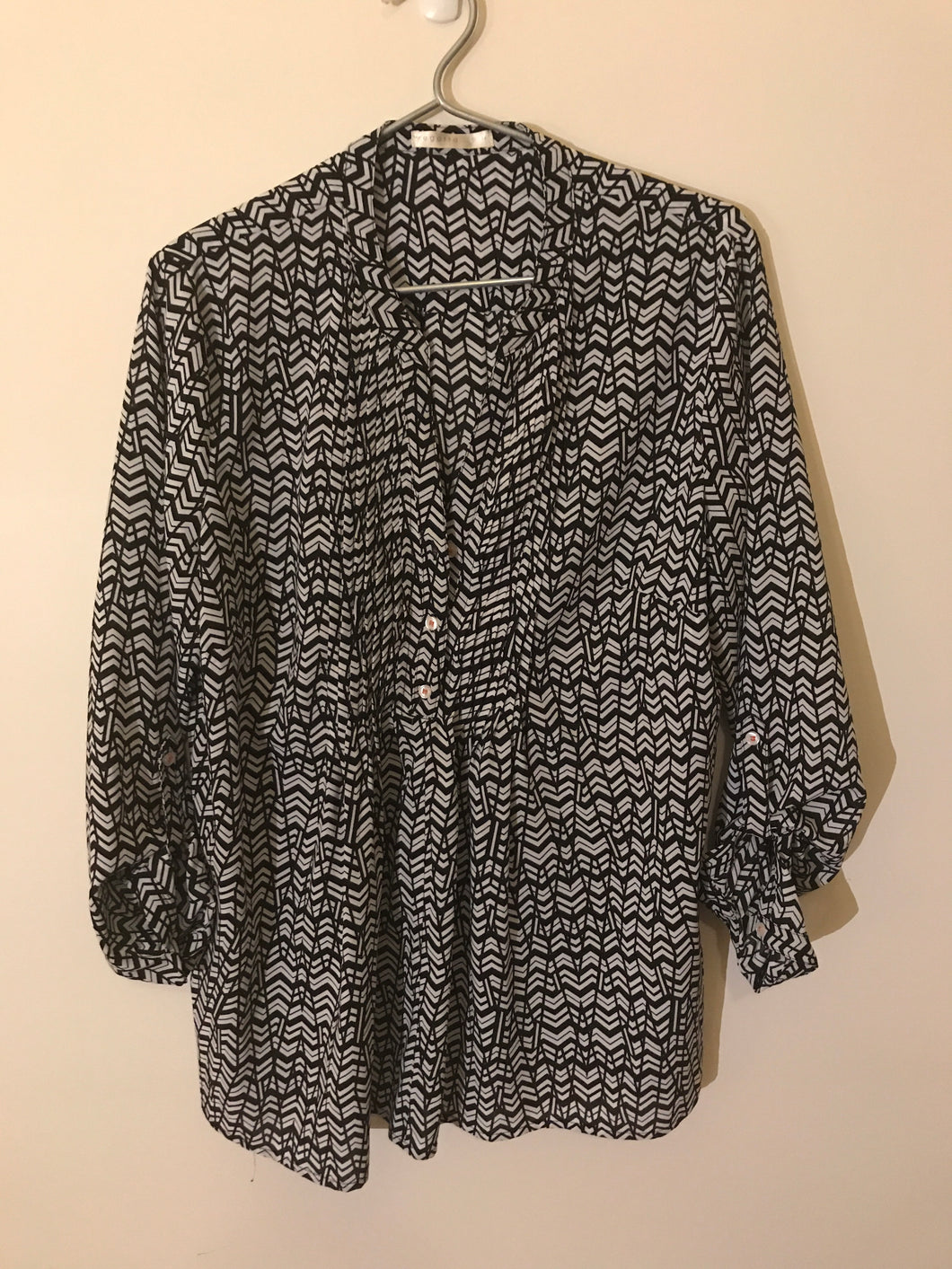 Regatta grey/black long sleeve blouse Size 14