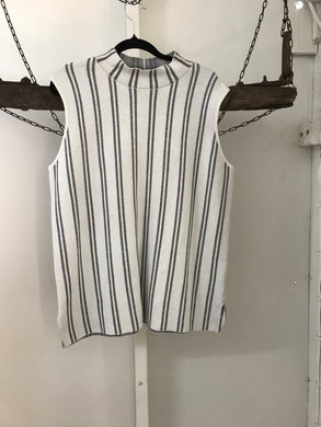 Grabdenim black and white stripes short sleeve top Size L( size 18)
