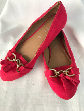 Corelli pink loafer flats size 6.5