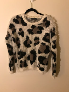Glassons grey/white leopard fluffy jumper Size S (estimated 8)