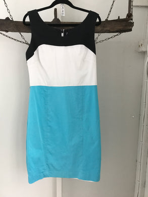 Queens park Black/White/light Blue Dress Size 12
