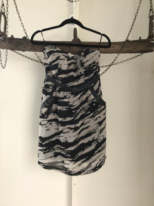 Bettina Liano Grey/Black Print Dress Size 8