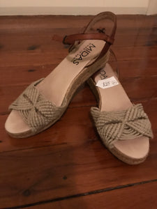 Midas made in Spain woven wedges Size 41 (estimated 10)