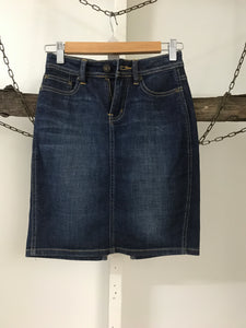 Lee Denim Skirt Size 7