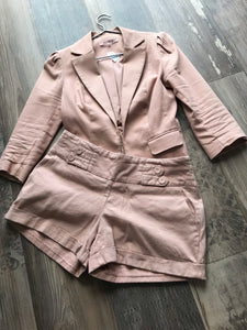 Review dusty pink short suit jacket size 8 and Shorts size 12