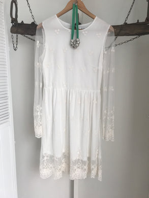 Glamorous White Lace Dress Size 8