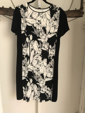 David Lawrence Black/White Floral Dress Size 12