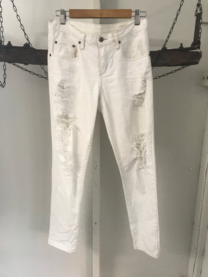 Beau Nobody white ripped jeans midrise relax fit Size 25 (estimated 10)