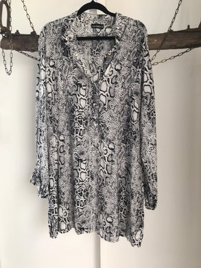 Cordelia St Black/White Snake Dress Size 16