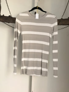 Gap Grey/ White Stripe Top Size XS (6-8)