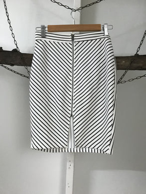 Alive Girl Black/White Stripe Zip Skirt Size 8