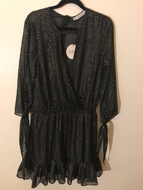 Atmos & Here black/foil print Dress Size 10 NWT