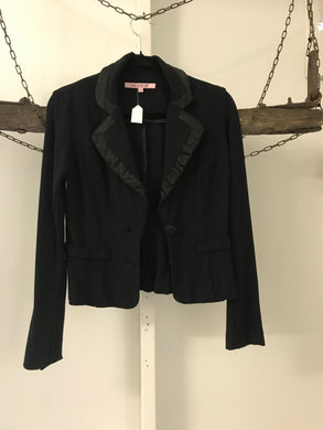 Review black jacket with satin trim Size 6