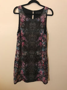 Forever New sleeveless floral dress Size 12