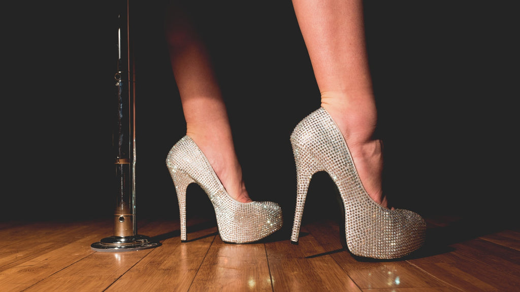 5 Must-Know Tips & Tricks To Wearing High Heels