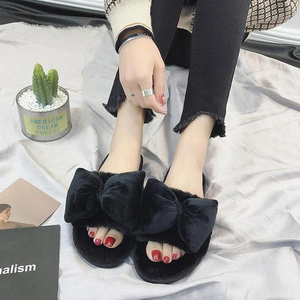 Black Fashionable Plush Home Warmth Fur Slippers | TeresaClare