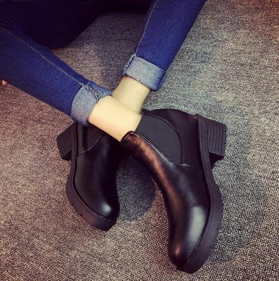 Black Hot Style Round Head Thick Bottom PU Leather Boots | TeresaClare