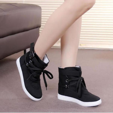 Casual Ladies Round Head Lace Up Flat Ankle Boots | TeresaClare