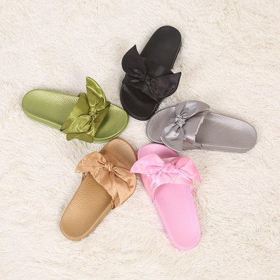 Fashion Bow Tie Flat Beach Cold Mop Slippers | TeresaClare