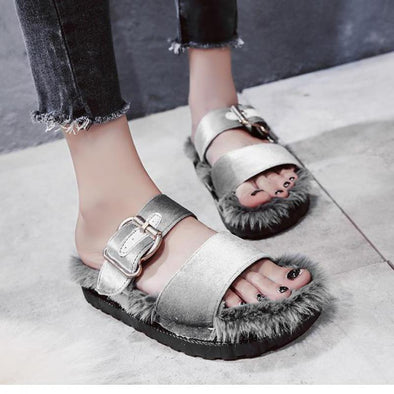 Metal Buckle Word Wind Hair Wearing Tide Slippers | TeresaClare