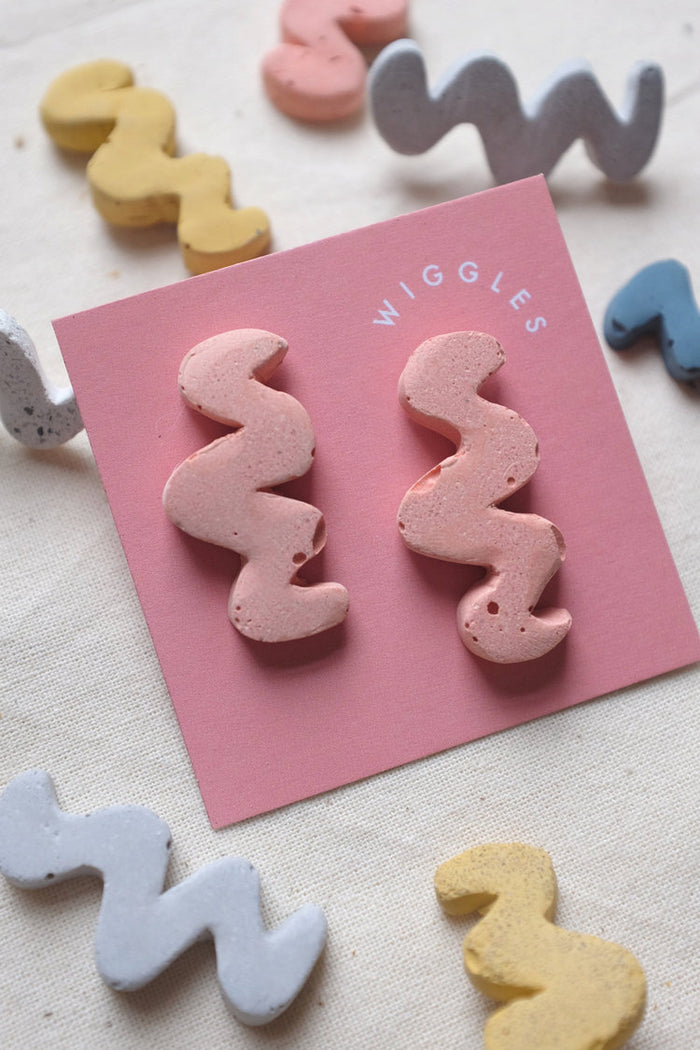 Concrete Wiggle Earrings - Pink