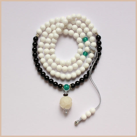 Natural White Shell Black Stone Beads Necklace / Wrap Bracelet with Hand Carved Pendant For Women