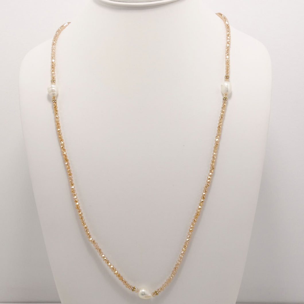 Light Carmel Pearl Necklace
