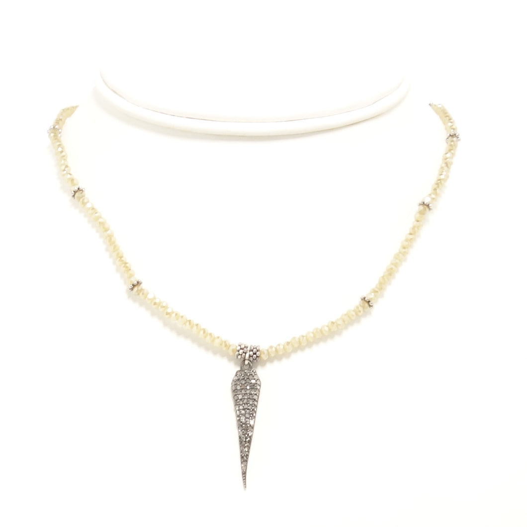 Cream Tear Drop Black Diamond Choker