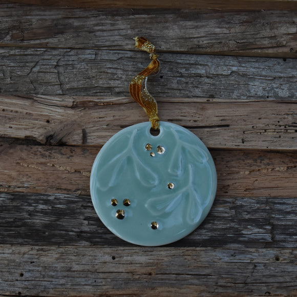 Mistletoe in Celadon Porcelain with Gold Lustre Ornament